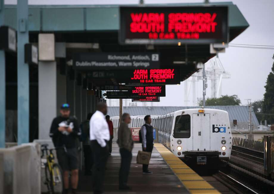 BART operators would be able to stop trains before an earthquake causes major damage under the ShakeAlert system. Photo: Paul Chinn / The Chronicle