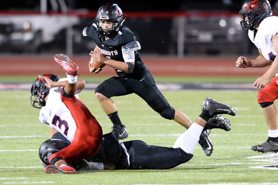 Garden City's Hunter McMillan runs the ball against Strawn Oct. 5, 2018, at Bearkat Stadium in Garden City.  James Durbin/Reporter-Telegram Photo: James Durbin / ? 2018 Midland Reporter-Telegram. All Rights Reserved.