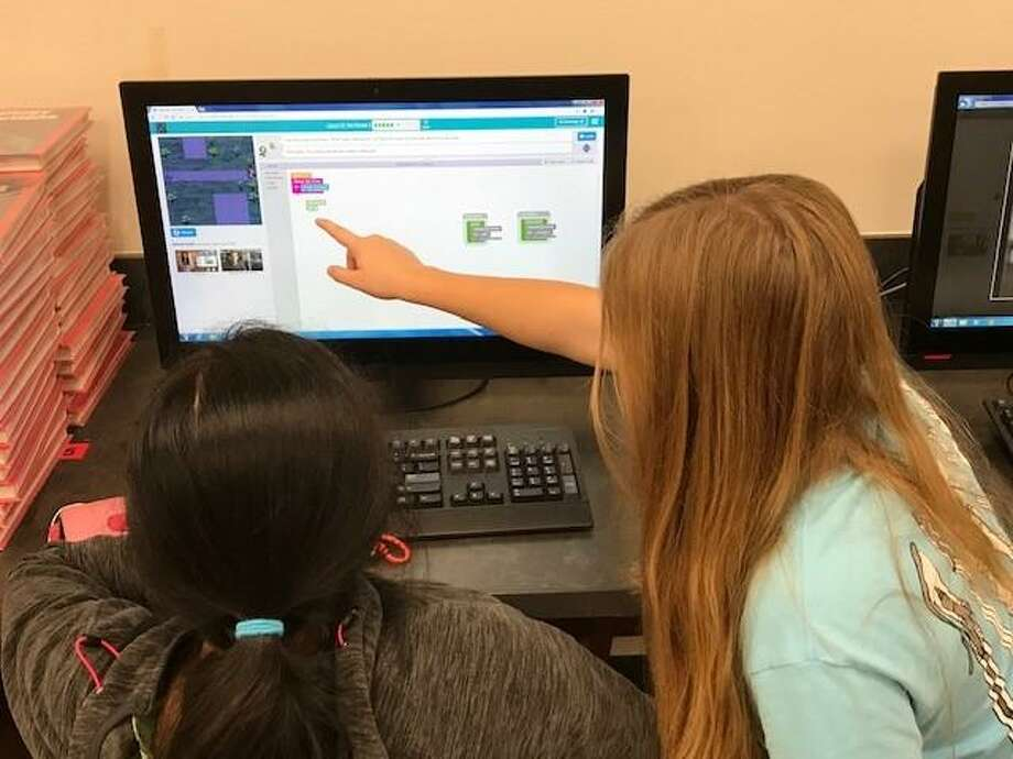 All Seattle Public Schools students will have access to virtual summer classes this year as schools remain closed due the novel coronavirus pandemic. Photo: Stephen Bennett