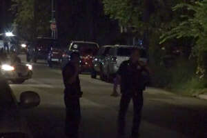 Houston police arrested a man who sped away and then fled on foot in a Sunday morning chase.