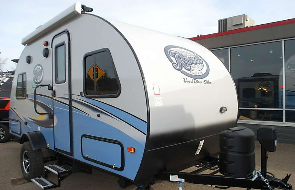 R-pods are asmall, light camper-trailer that provides a place to sleep, and similar small campers, are top-sellers in the $15,000 to $20,000 range