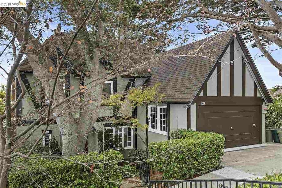 Perfectly preserved Berkeley Hills Tudor on market for first time since 1962 asks $1.099M Photo: Christian Klugmann Via Andrea Gordon/Red Oak Realty