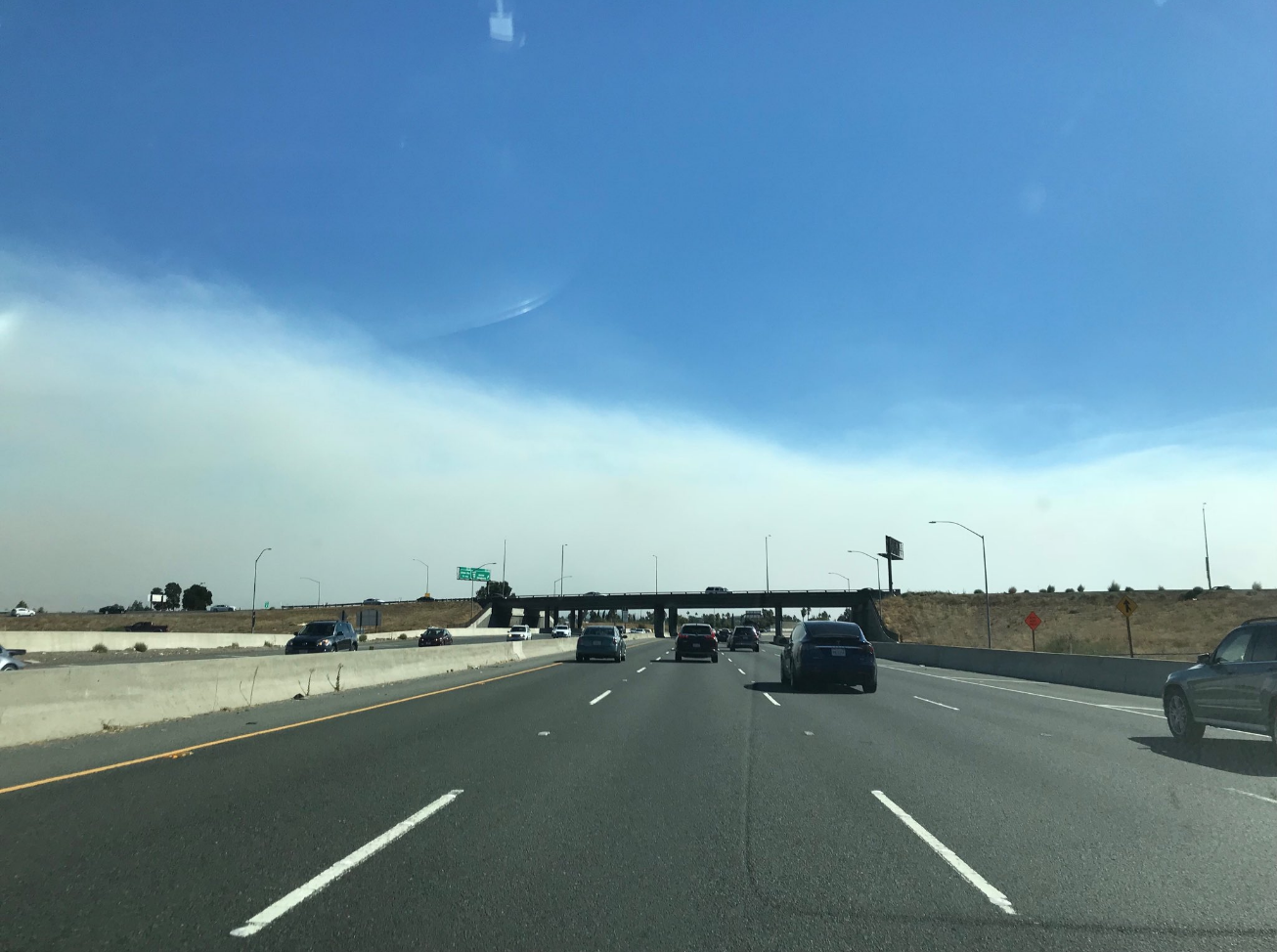 Fire in Solano County sends clouds of smoke south thumbnail