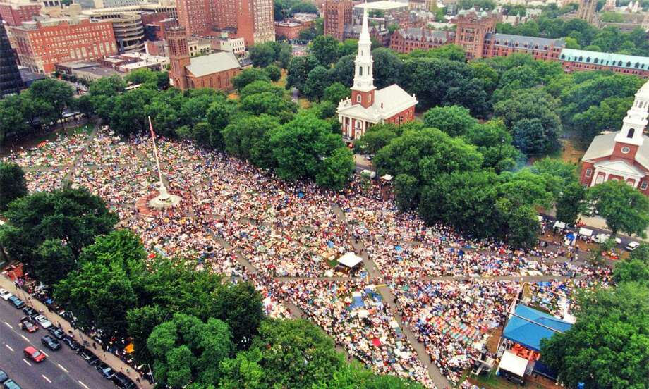 In this file photo, the flagpole on the New Haven Green at the center of the crowd during the Jazz Festival. Photo: Hearst Connecticut Media File Photo.