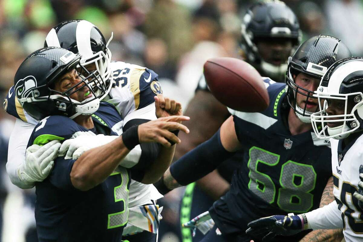 Click through the following slideshow for key takeaways from the Seahawks' 33-31 loss to the Los Angeles Rams on Sunday.