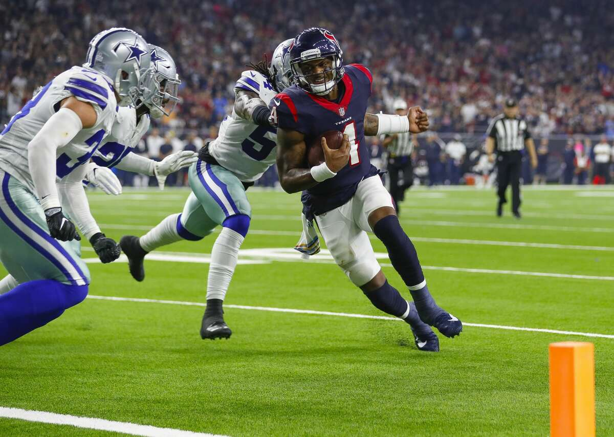 Houston Texans quarterback Deshaun Watson (4) tries to get into the end zone during the second quarter of an NFL football game at NRG Stadium on Sunday, Oct. 7, 2018, in Houston.