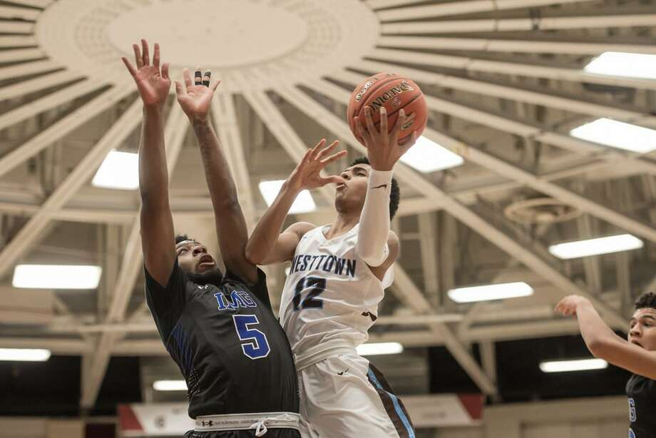 Jalen Gaffney (12), an athletic point guard from Westtown School in Pennsylvania, recently committed to UConn. Photo: Icon Sportswire Via Getty Images