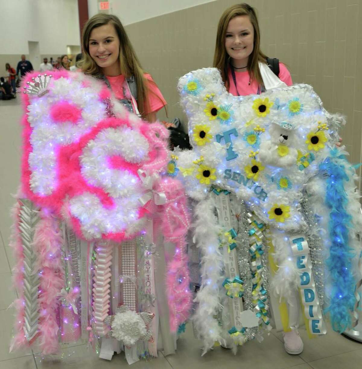 These seniors at Clear Lake High School prove Texas makes the biggest mums.