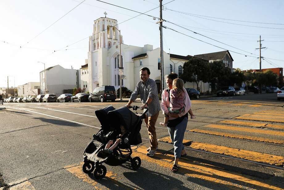 San Francisco District Four supervisor candidate Trevor McNeil and his wife, Sarah Montoya, leave Playland with their children on Sept. 19, 2018. Photo: Gabrielle Lurie / The Chronicle