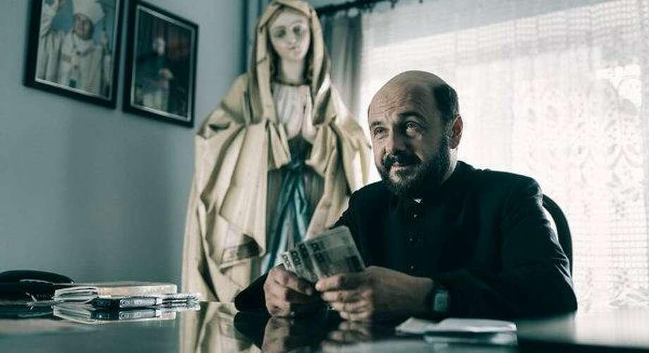 """Arkadiusz Jakubik in """"Clergy."""" (New York Times)"""