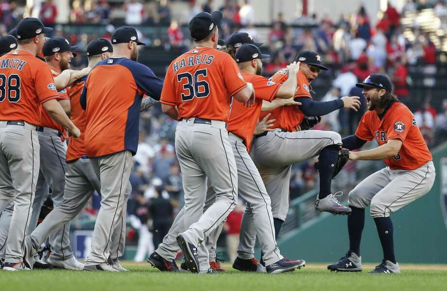 PHOTOS: The best Astros photos from the 2018 season The Astros' playoff share came out to $154,654.06 each, while the world champion Red Sox got full shares of $416,837.72. Photo: Karen Warren, Houston Chronicle / Staff Photographer / © 2018 Houston Chronicle