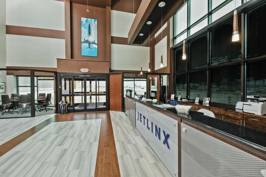 Private aviation company Jet Linx recently opened a new facility at Hobby Airport. Photo: Jet Linx