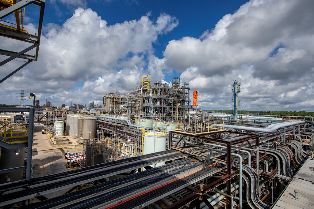 covestro to invest  1 7b to expand baytown chemical plant