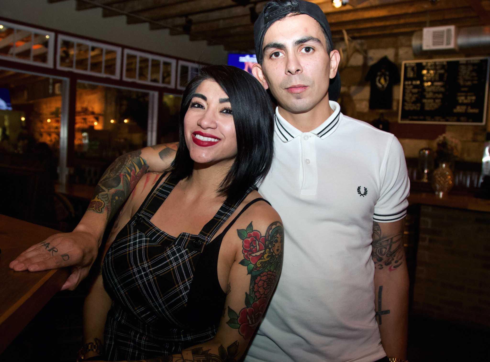 Pub Crawl Still Golden Raises Spirits On Broadway San