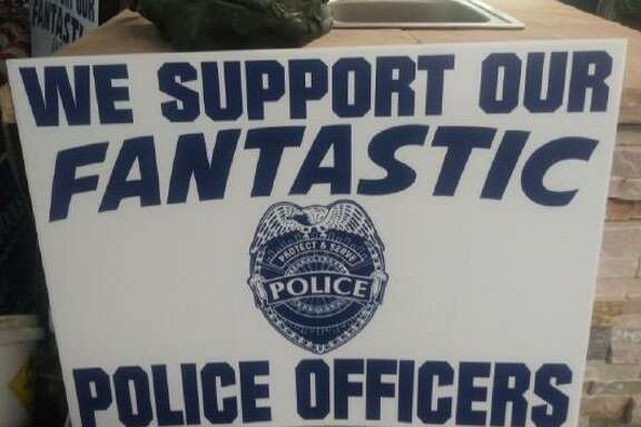 Recent yard-sign thefts in Friendswood include the snatching of a placard like this one that encourages support of police.