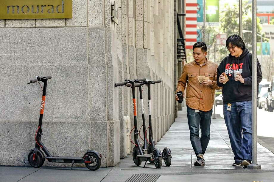 When electric scooters first dropped onto San Francisco's streets last year, they cluttered the city's corners and sidewalks. Photo: James Martin/CNET