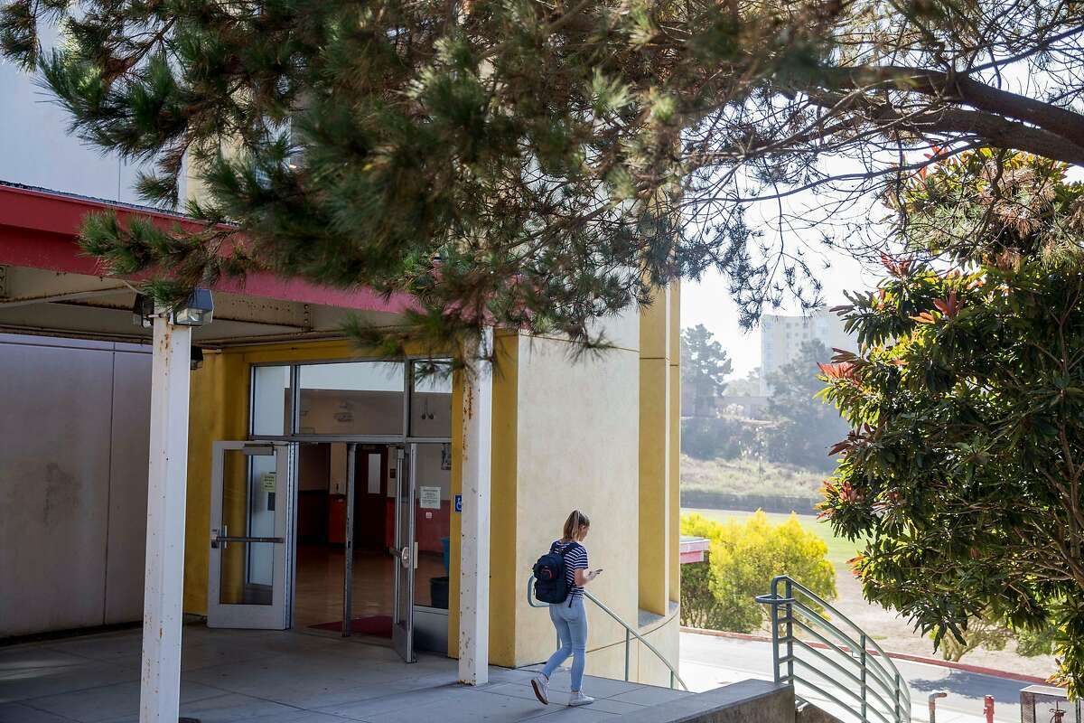 A student walks through campus to class at Lowell High School in San Francisco, Calif. Friday, Sept. 21, 2018.