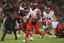 PALO ALTO, CA - OCTOBER 06: Zack Moss #2 of the Utah Utes breaks away for a 35 yard touchdow run against the Stanford Cardinal during the second quarter of their NCAA football game at Stanford Stadium on October 6, 2018 in Palo Alto, California. (Photo by Thearon W. Henderson/Getty Images)