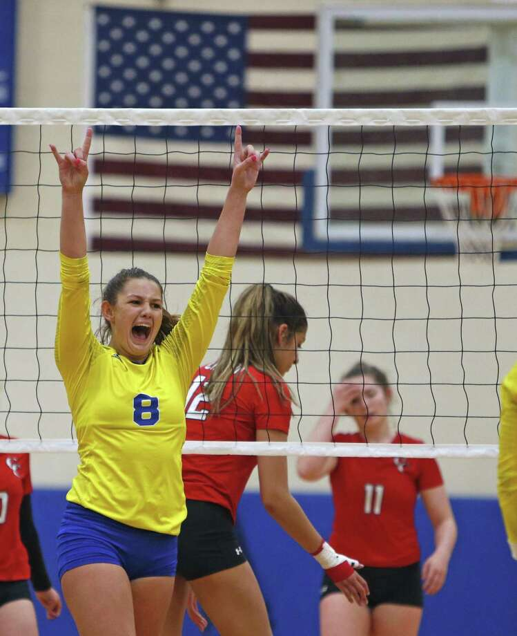 Clemens' Canada Buchanan celebrates a point from the District 26-6A victory over New Braunfels Canyon on Tuesday. Buchanan had two kills and an ace in the decisive run. Photo: Ronald Cortes / Contributor / 2018 Ronald Cortes