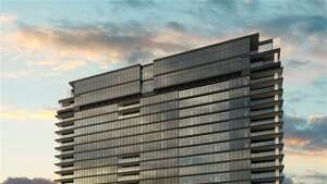 Greenway Plaza : 3433 Westheimer PH 1E    List price : $7.5 million    Size : 7,872 square feet