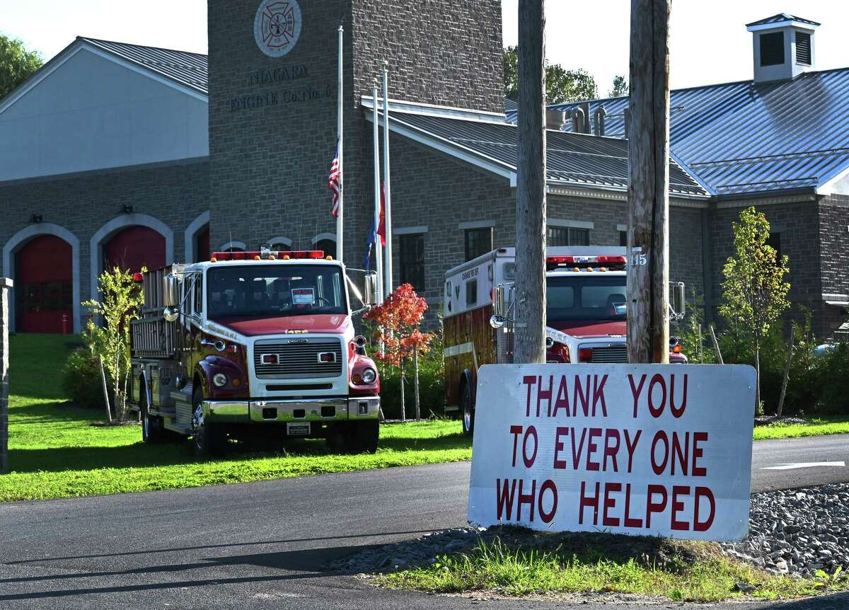 A sign thanking passersby for their help stands in front of the Schoharie Fire Department Niagara Engine Co. #6 Wednesday Oct.10, 2018 in Schoharie, N.Y. (Skip Dickstein/Times Union)