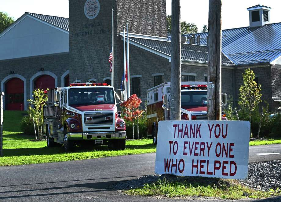 A sign thanking passersby for their help stands in front of the Schoharie Fire Department Niagara Engine Co. #6 Wednesday Oct.10, 2018 in Schoharie, N.Y. (Skip Dickstein/Times Union) Photo: SKIP DICKSTEIN, Albany Times Union