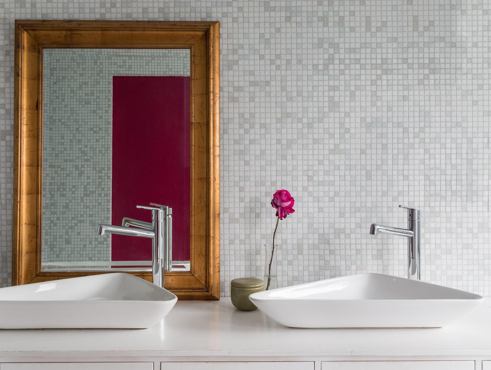 The Top Trends For Luxe Bathroom Sinks