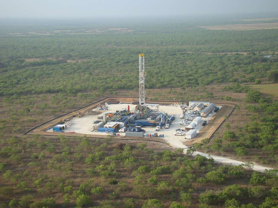 Drilling at Marathon Oil Corp.'s operations in the Eagle Ford Shale formation in South Texas.   NEXT: See the world's largest oil refineries.  Photo: Courtesy Photo, Marathon Oil Corp.