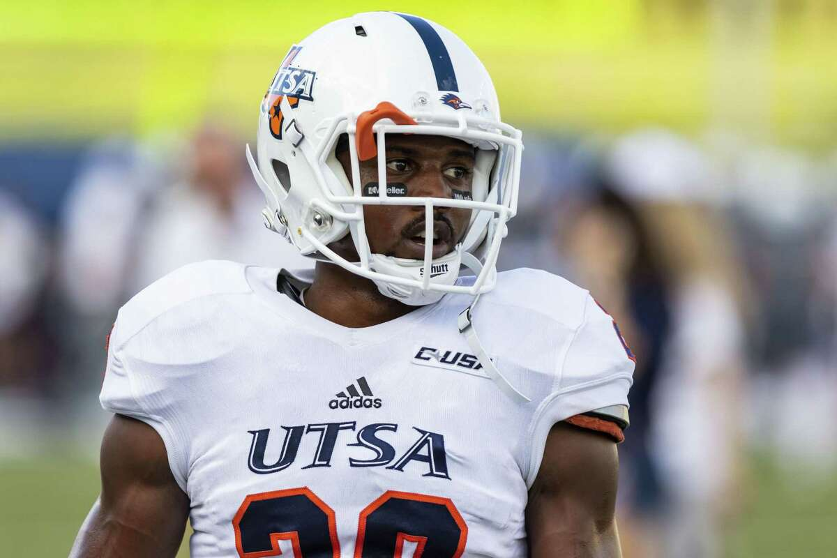UTSA defensive back Cassius Grady (28) warms-up before a college football game at Rice Stadium on Saturday, Oct 6, 2018, in Houston.