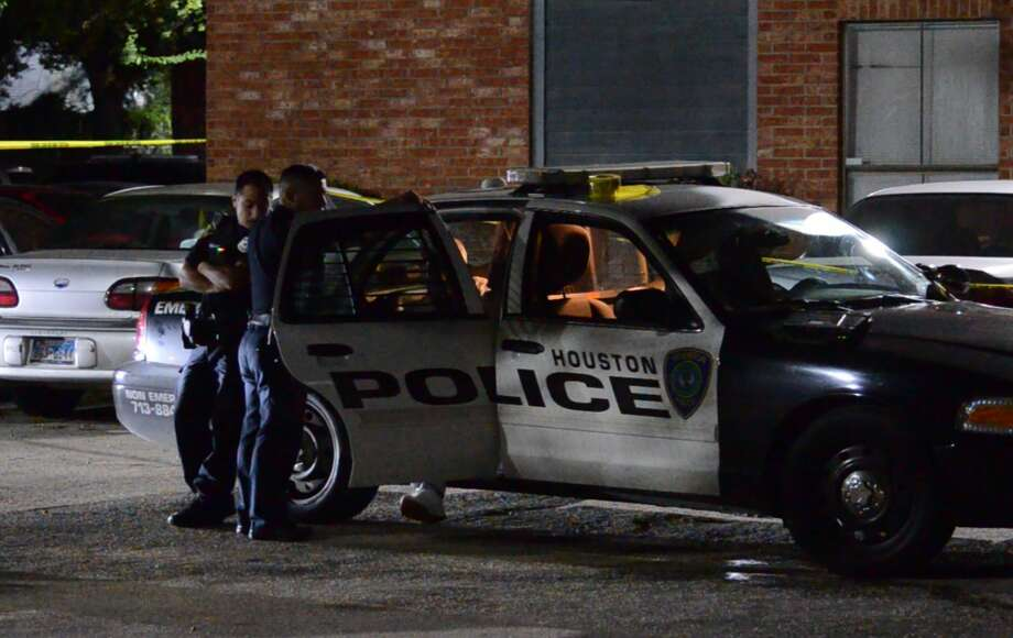 A man is dead after gunfire erupted in a north Houston apartment complex Wednesday night. Photo: Jay R. Jordan