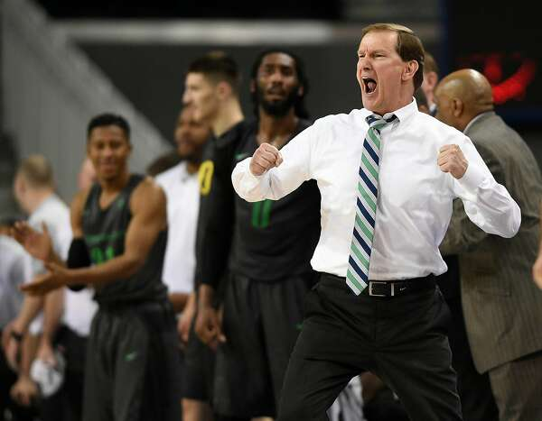 Oregon men's basketball tabbed as Pac-12 favorites; Stanford, Cal projected for 9th, 11th