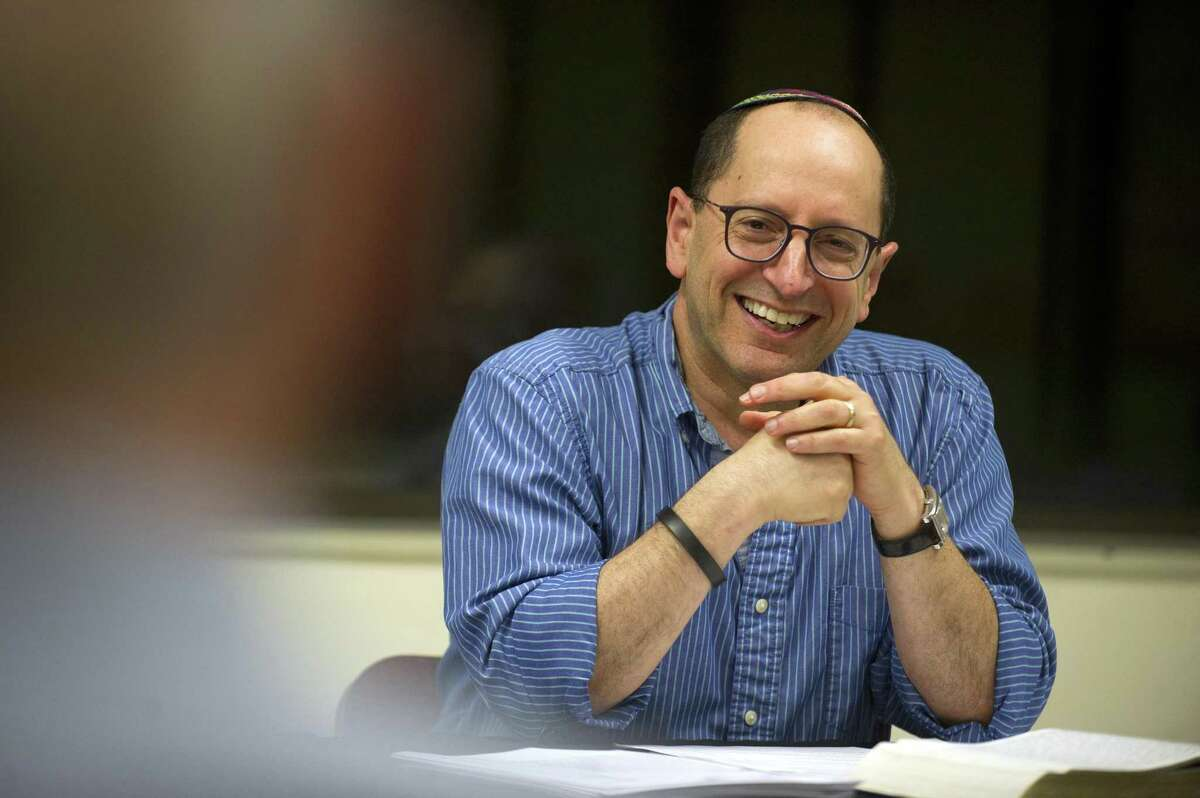 Instructor Bob Abrams teaches a class about Jewish living and how to live Juadism in your every day life inside the Jewish Community Center in Stamford, Conn. on Tuesday, Oct. 9, 2018.