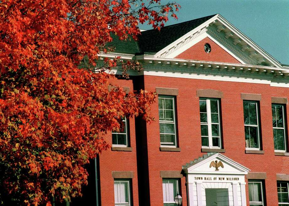 New Milford Town Hall Photo: Norm Cummings / Norm Cummings /Spectrum / The News-Times