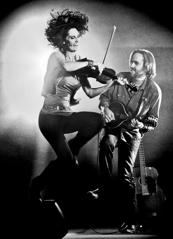 The folk-pop duo Bettman & Halpin, consisting of Stephanie Bettman and Luke Halpin, kick off Voices Cafe's eighth season of acoustic concerts Saturday, Oct. 13 at 8 p.m. Photo: Contributed Photo / Contributed Photo / Norwalk Hour contributed