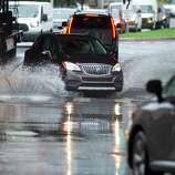 Accidents, rain start off Friday's AM commute - Connecticut Post