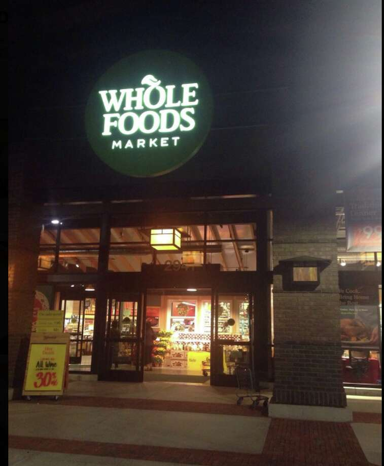 Whole Foods in Encina Grande shopping center in Walnut Creek. Photo: Andy L. Via Yelp
