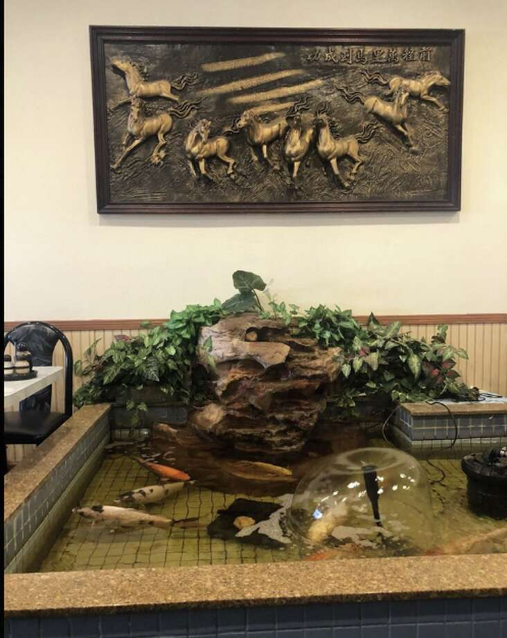 Jade Garden in Encina Grande shopping center in Walnut Creek. Photo: Gaby A. Via Yelp