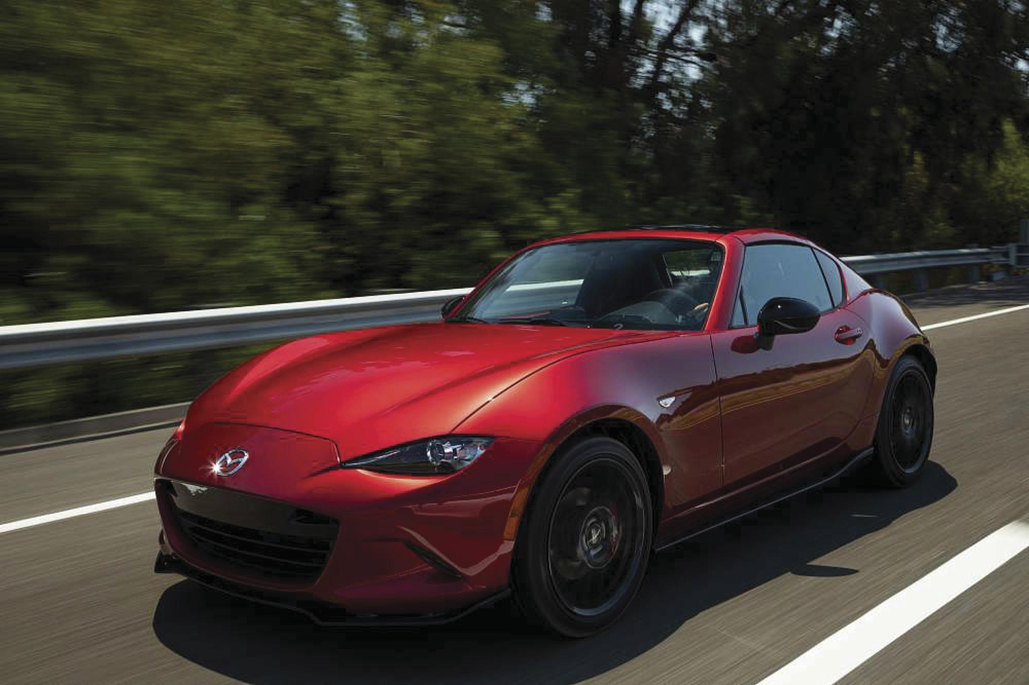 Mazda's 181-hp 2019 MX-5 roadster offers retractable roof