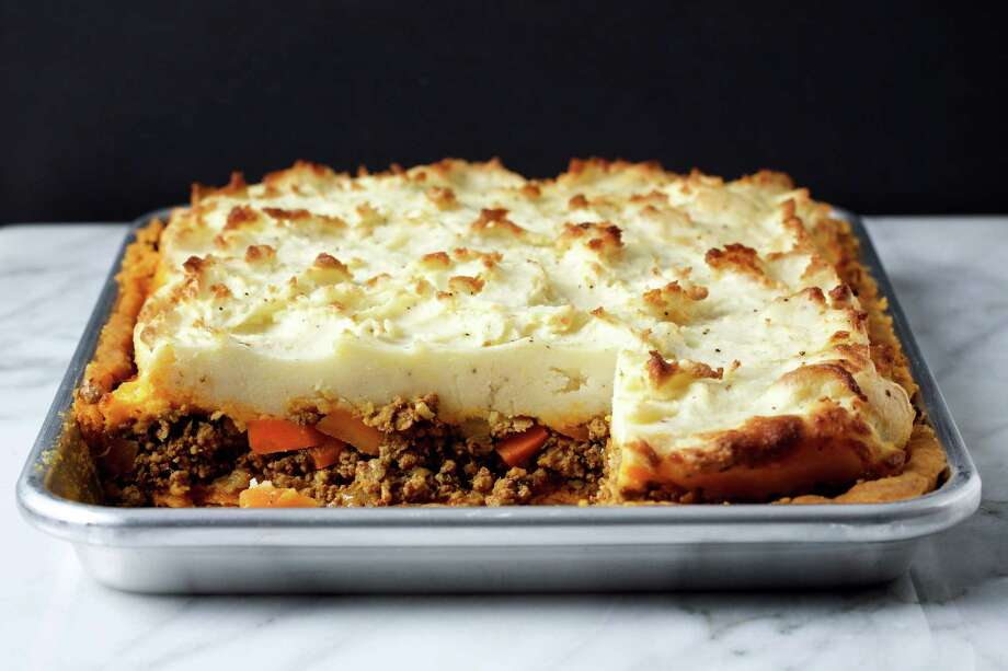 Moroccan-Style Shepherd's Slab Pie. Photo: Photo By Deb Lindsey For The Washington Post. Food Styling For The Washington Post By Bonnie S. Benwick / Deb Lindsey for The Washington Post