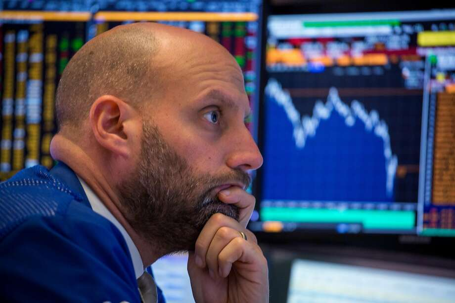 A trader works on the floor of the New York Stock Exchange (NYSE) in New York, U.S., on Thursday, Oct. 11, 2018. U.S. stocks fell for a sixth day, extending the longest losing streak of Donald Trump's presidency, as energy shares plunged and a rally in tech failed to lift the broader market. Photographer: Michael Nagle/Bloomberg Photo: Michael Nagle, Bloomberg