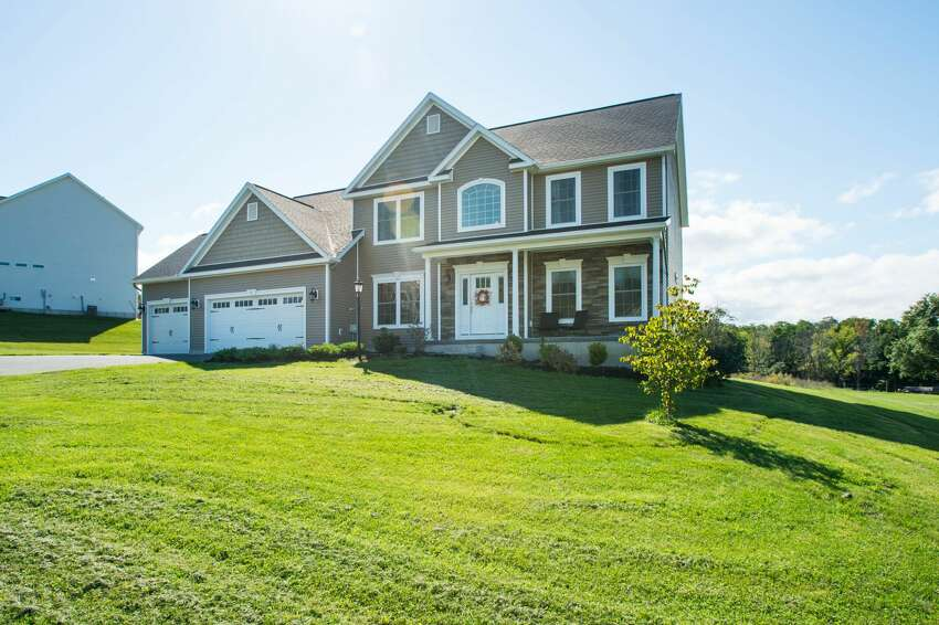 House of the Week: 8 Haywood Lane, North Greenbush | Realtor: Alex Monticello of Monticello Real Estate | Discuss: Talk about this house