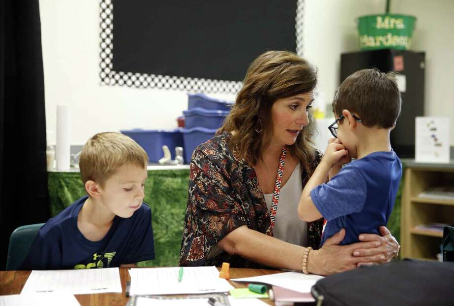 Teaching is not for the lazy or faint of heart. Those without teaching experience don't understand what teachers do and why they do it, so why do they give advice? Photo: Vernon Bryant /Associated Press / THE DALLAS MORNING NEWS