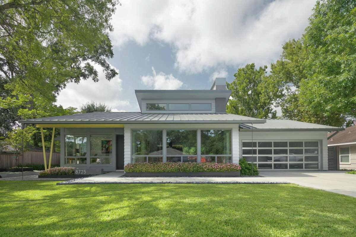 This midcentury-style home at 8725 Banzer Street was designed by RD Architecture and built by Tryon Homes. It is one of seven on the AIA Houston 2018 Home Tour. Its owners are Charles and Susan Elder.