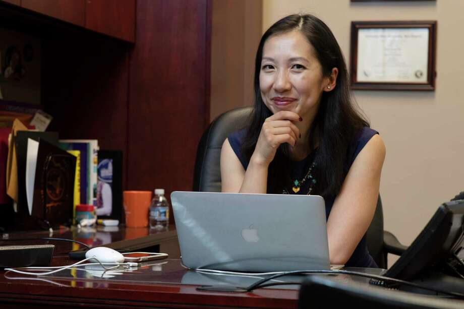 Dr. Leana Wen, the new president of Planned Parenthood, at the Baltimore City Health Department on October 1, 2018. Photo: Washinton Post Photo By Marvin Joseph. / The Washington Post