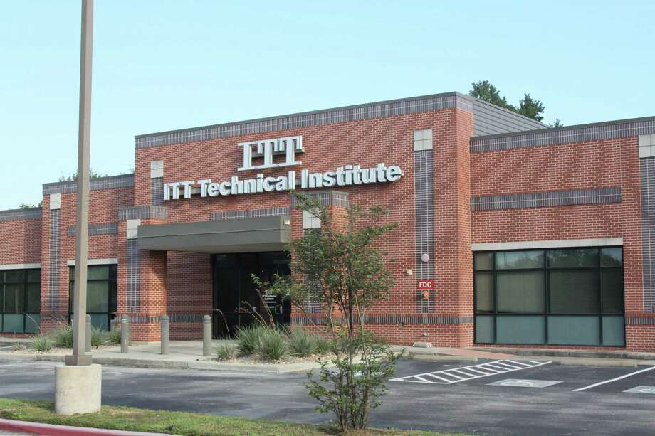 Spring ISD will convert the former ITT Technical Institute campus at 15651 North Freeway in Houston into a teacher training facility after the board of trustees approved $1.3 million for renovations. Photo: Mayra Cruz