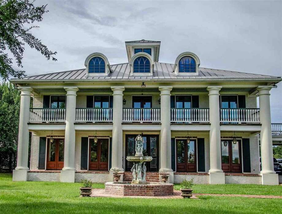 Wonderful $3,200,000 16700 Westbury Rd., Beaumont6 Beds, 7 Baths7,540 Square Feet  Photo