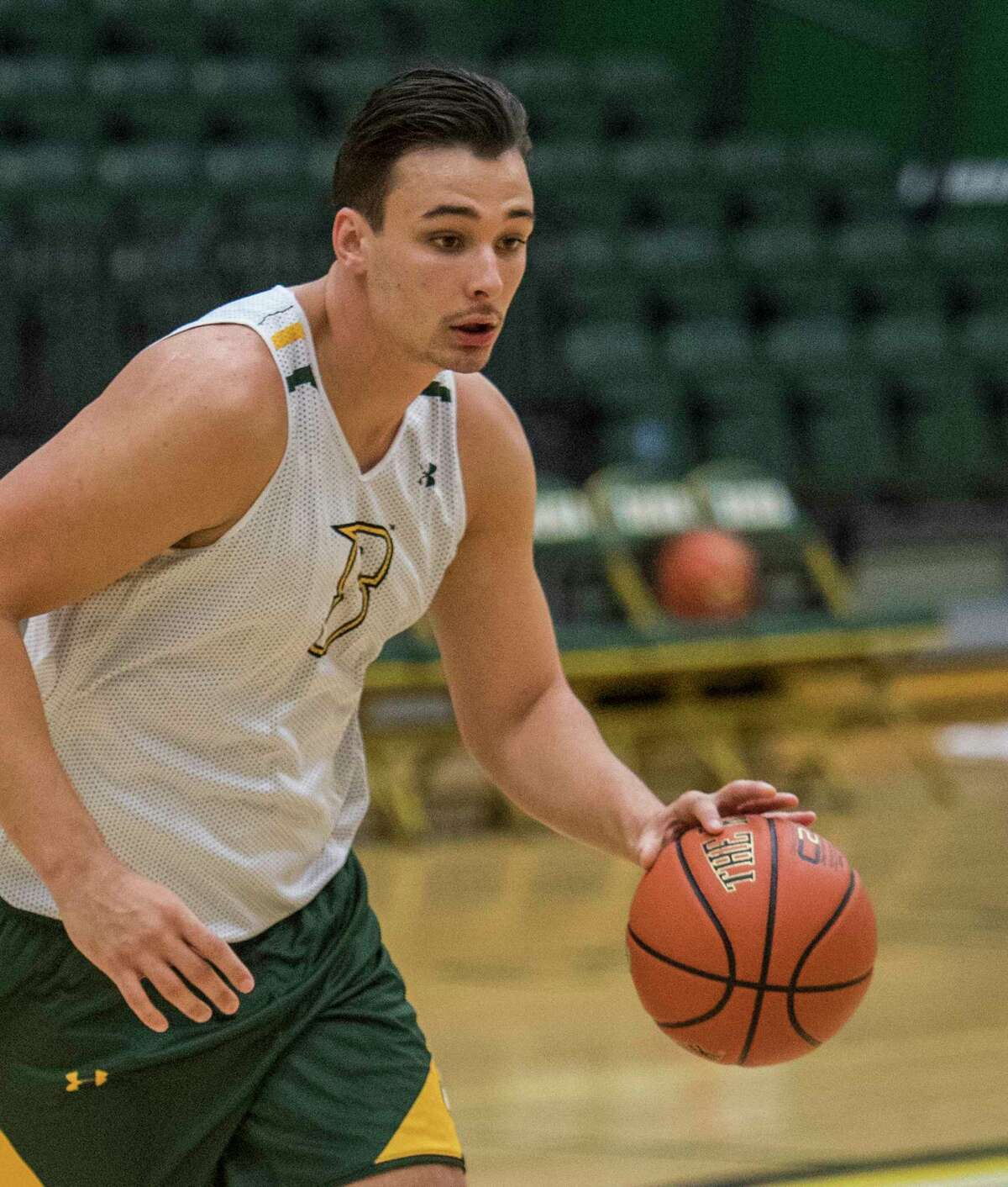 Evan Fisher moves over the court during Siena College's Men's Basketball open workout Friday Oct.12, 2018 in Loudonville, N.Y. (Skip Dickstein/Times Union)