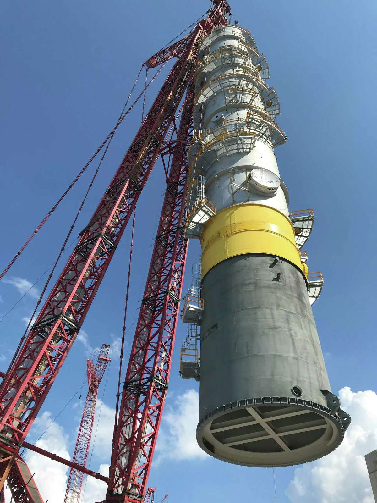 Shell's petrochemicals unit recently installed a 285-foot cooling and condensation tower at its petrochemicals complex now under construction in Pennsylvania.