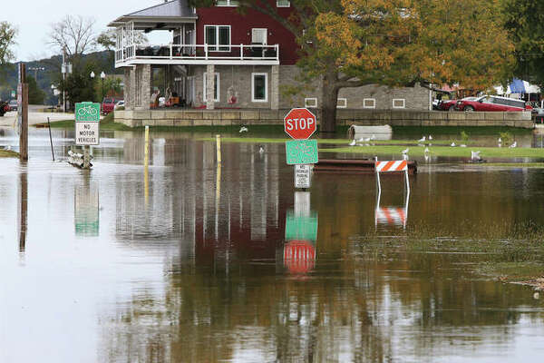 Flooding and flood preparation in Grafton and West Alton.