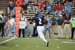Rice Owls running back Austin Walter (2) runs the ball during the second quarter at Rice Stadium on Saturday, Oct. 7, 2017, in Houston TX